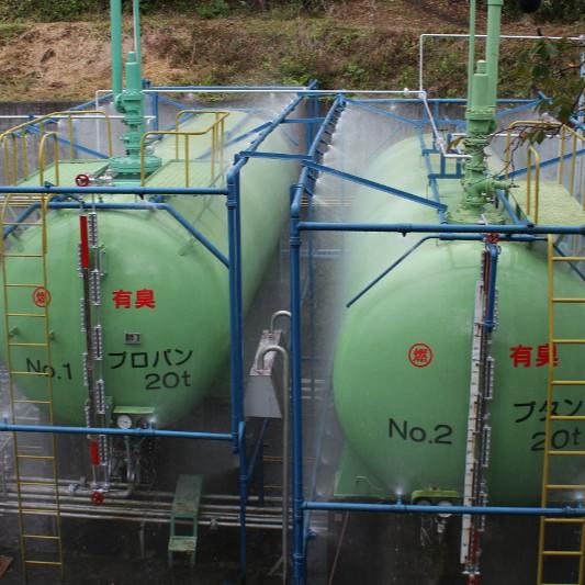タンクへの放水訓練